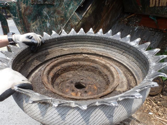 How to make a flowerpot out of an old tire trash for What can you make out of old tires
